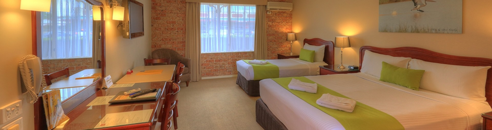 Queen Twin Room - Endeavour Court Motor Inn Dubbo NSW